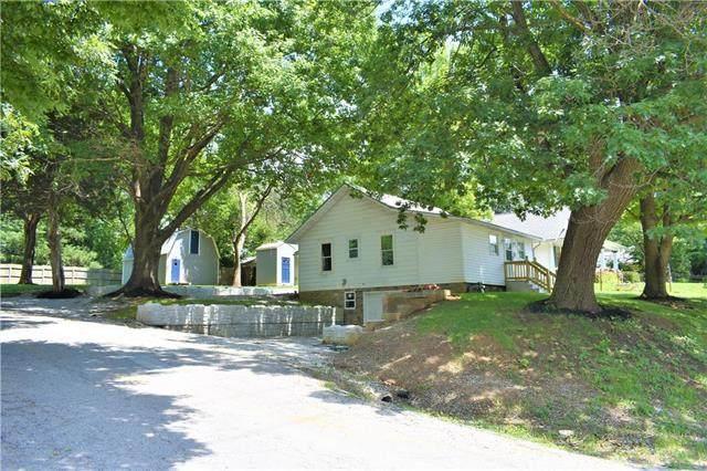 1000 E Parker Avenue, Independence, MO 64050 (#2232679) :: Ron Henderson & Associates
