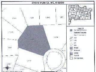3742 N 112th Court, Kansas City, KS 66109 (#2232839) :: Edie Waters Network