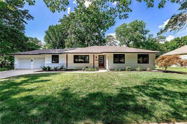 4112 W 97th Street, Overland Park, KS 66207 (#2232950) :: The Gunselman Team