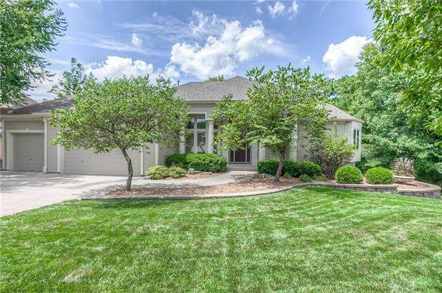 316 NW Rockwood Court, Lee's Summit, MO 64081 (#2233099) :: Ron Henderson & Associates