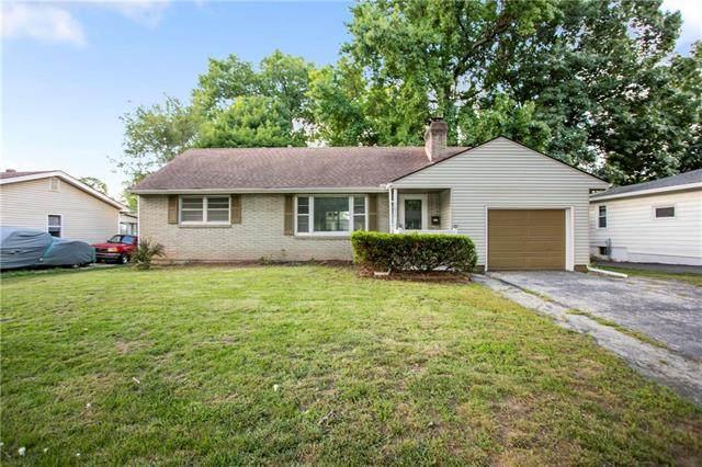 1631 NE 48th Terrace, Kansas City, MO 64118 (#2233464) :: Eric Craig Real Estate Team