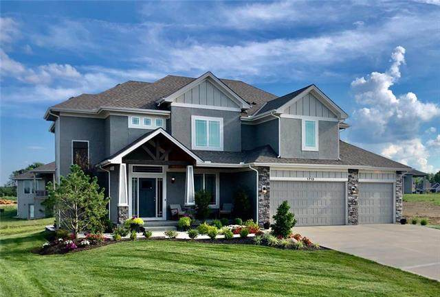 1713 SW Napa Valley Drive, Lee's Summit, MO 64082 (#2233561) :: House of Couse Group