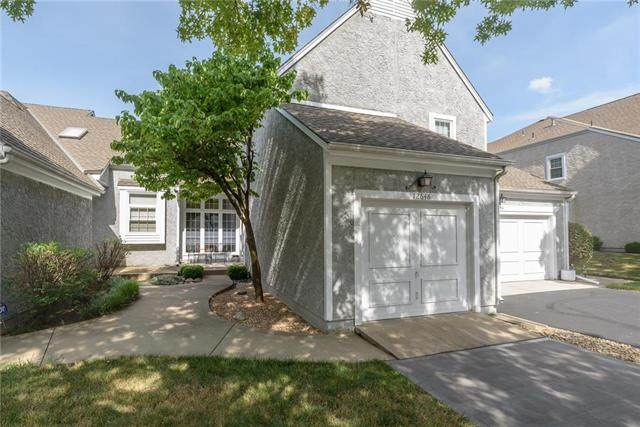 12646 Barkley Street, Overland Park, KS 66209 (#2233592) :: Ask Cathy Marketing Group, LLC