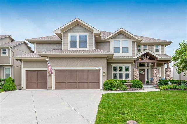 15331 W 164th Terrace, Olathe, KS 66062 (#2233598) :: House of Couse Group