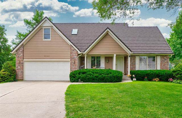 5103 NE Ash Grove Place, Lee's Summit, MO 64064 (#2233621) :: Ron Henderson & Associates