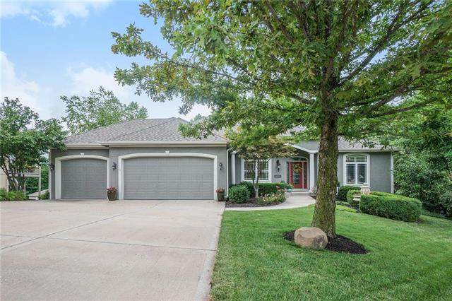 10427 River Hills Place, Parkville, MO 64152 (#2233732) :: Jessup Homes Real Estate | RE/MAX Infinity