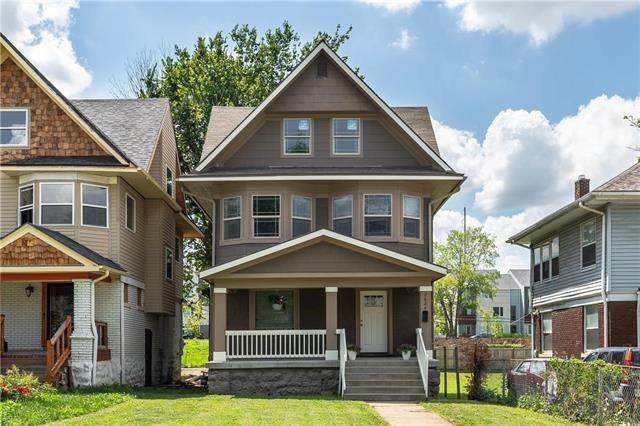 2624 Tracy Avenue, Kansas City, MO 64108 (#2233745) :: Edie Waters Network