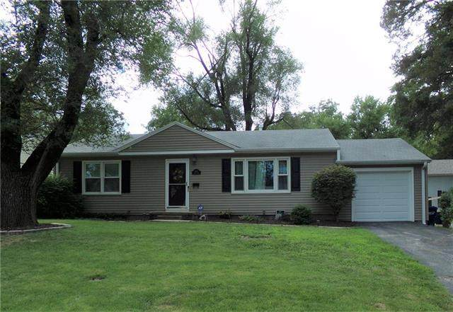 5532 Maple Street, Mission, KS 66202 (#2233851) :: Team Real Estate