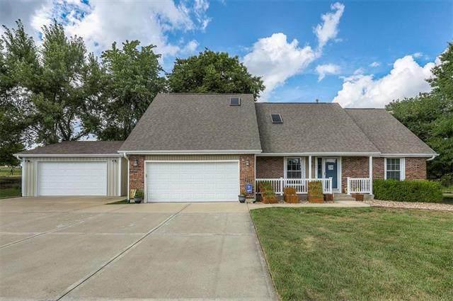 3004 Twin Pines Drive, Harrisonville, MO 64701 (#2233861) :: Ron Henderson & Associates