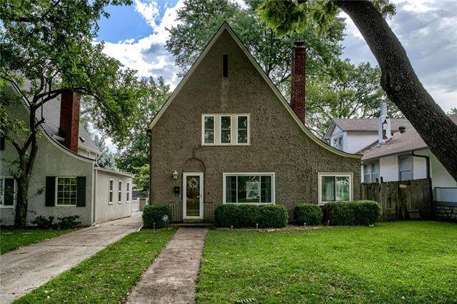 7329 Main Street, Kansas City, MO 64114 (#2233942) :: House of Couse Group