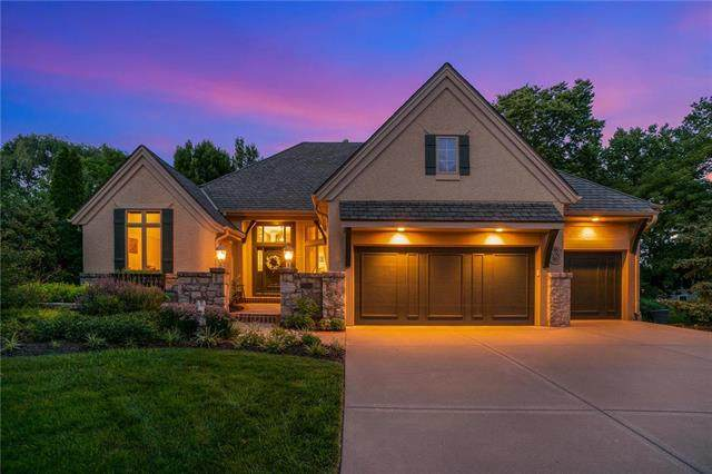 15245 Linden Street, Leawood, KS 66224 (#2233998) :: House of Couse Group
