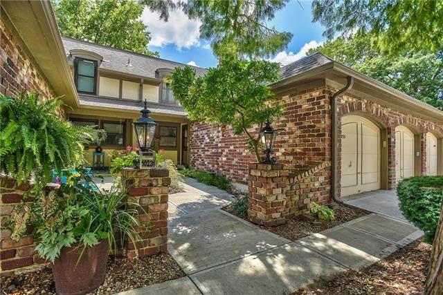 10233 Conser Street, Overland Park, KS 66212 (#2234011) :: Team Real Estate