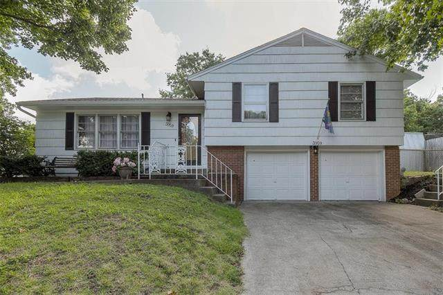 3959 N Holmes Street, Kansas City, MO 64116 (#2234042) :: Ron Henderson & Associates