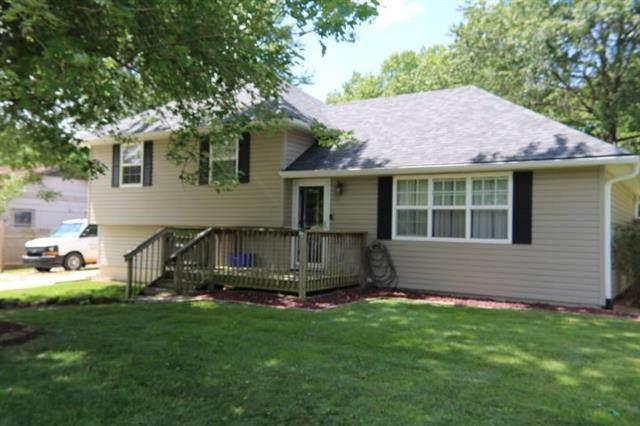 303 California Avenue, Windsor, MO 65360 (#2234063) :: House of Couse Group