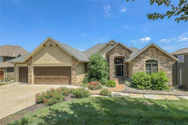 9311 Pinnacle Street, Lenexa, KS 66220 (#2234111) :: Eric Craig Real Estate Team