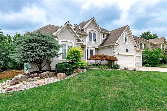 5445 W 153RD Terrace, Leawood, KS 66224 (#2234143) :: Jessup Homes Real Estate | RE/MAX Infinity