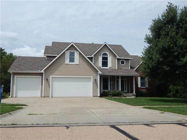 3433 NW Hickory Ridge Lane, Topeka, KS 66618 (#2234365) :: Audra Heller and Associates