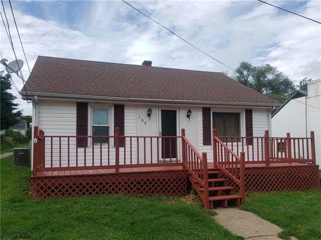 109 W Pine Street, Waverly, MO 64096 (#2234415) :: Dani Beyer Real Estate
