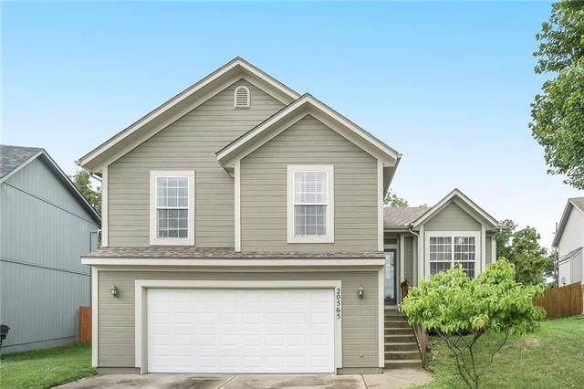 20565 W 126th Terrace, Olathe, KS 66061 (#2234421) :: Austin Home Team