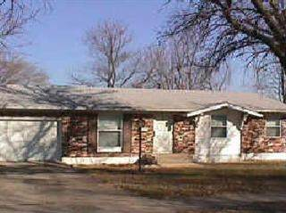 8614 E 96th Place, Kansas City, MO 64134 (#2234482) :: Austin Home Team