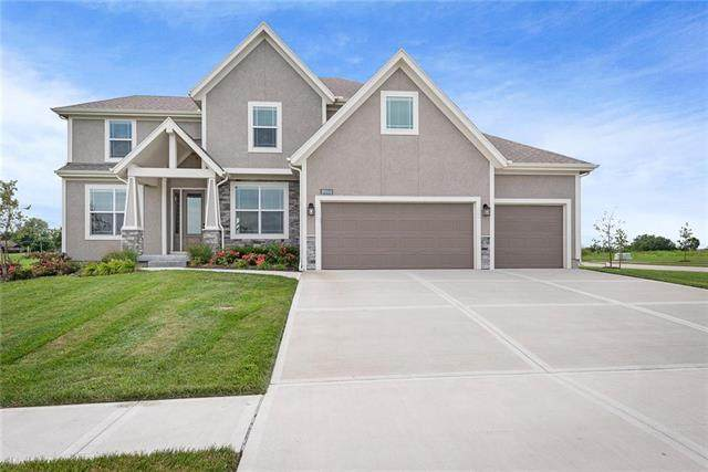 16964 S Hunter Street, Olathe, KS 66062 (#2234490) :: Austin Home Team