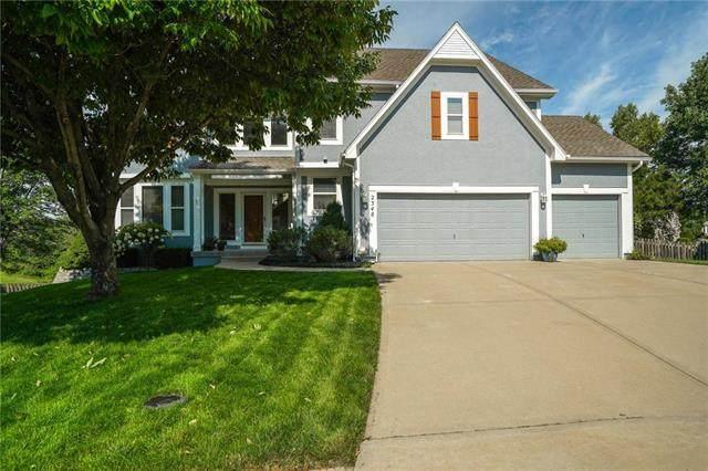 2348 W Trail Drive, Olathe, KS 66061 (#2234494) :: House of Couse Group