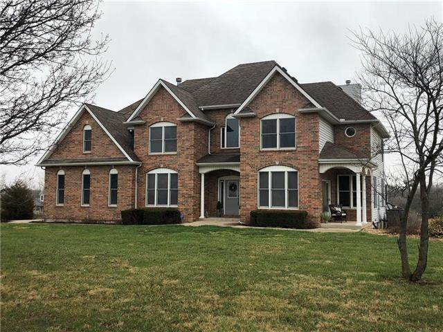 31305 Metcalf Road, Louisburg, KS 66053 (#2234539) :: Kedish Realty Group at Keller Williams Realty