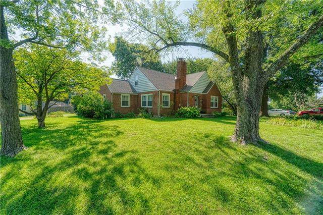 501 S Ralston Avenue, Sugar Creek, MO 64054 (#2234637) :: Jessup Homes Real Estate | RE/MAX Infinity