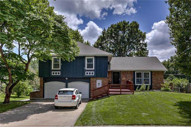 12209 W 67th Terrace, Shawnee, KS 66216 (#2234659) :: Kedish Realty Group at Keller Williams Realty