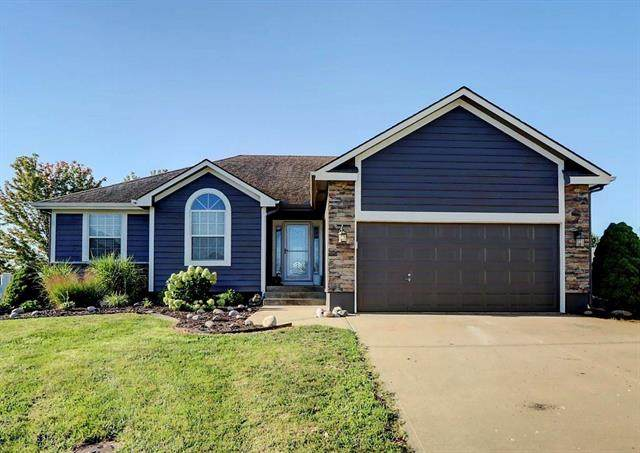 1303 SW 6th Street, Oak Grove, MO 64075 (#2234660) :: Ask Cathy Marketing Group, LLC