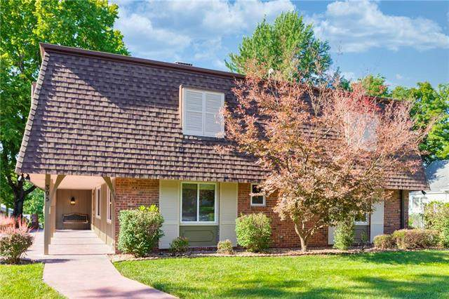 305 College Street, Paola, KS 66071 (#2234736) :: Jessup Homes Real Estate | RE/MAX Infinity