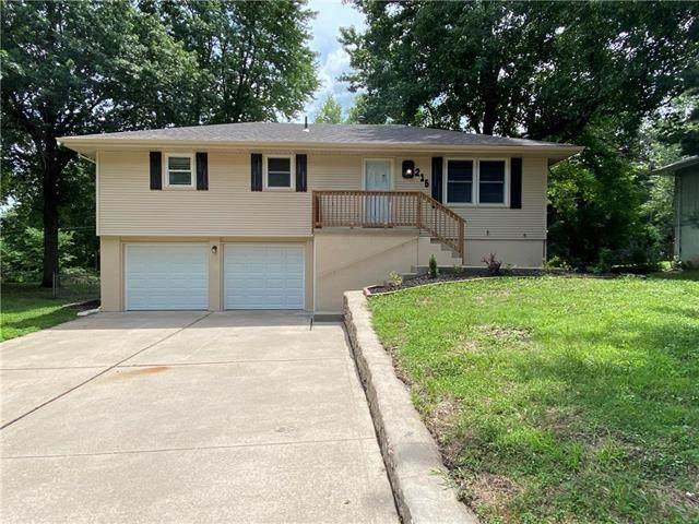 215 SW 21st Street, Oak Grove, MO 64075 (#2234762) :: Audra Heller and Associates