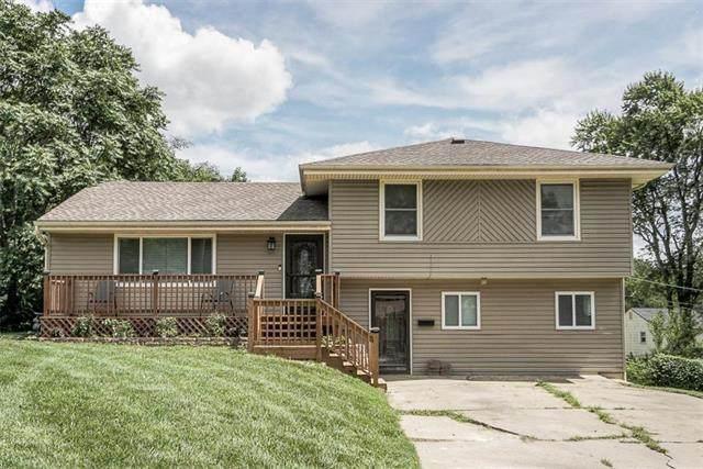 10635 Bales Avenue, Kansas City, MO 64137 (#2234774) :: Audra Heller and Associates