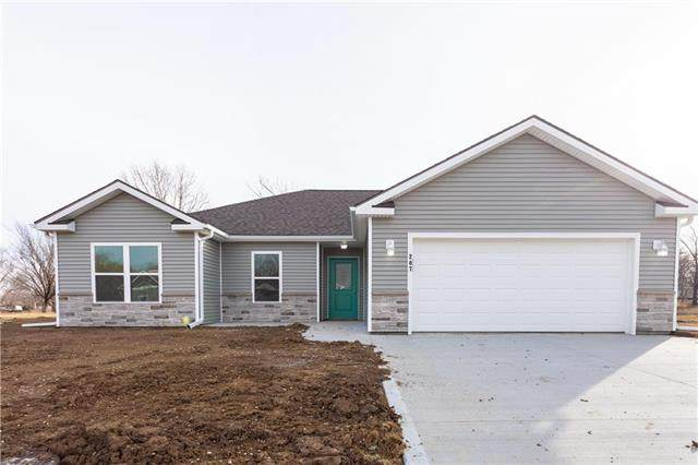 211 Blackberry Circle, Archie, MO 64725 (#2234906) :: Jessup Homes Real Estate | RE/MAX Infinity