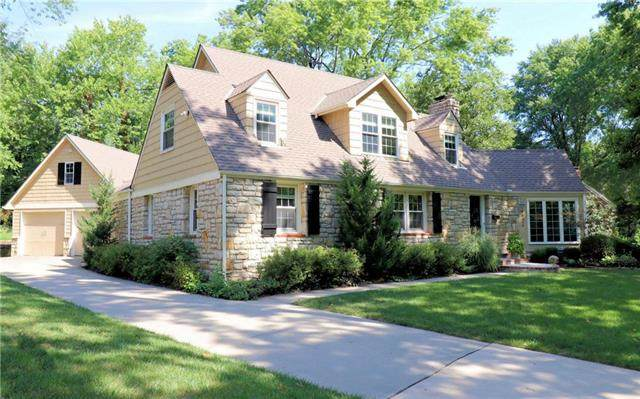 8428 High Drive, Leawood, KS 66206 (#2234952) :: Edie Waters Network