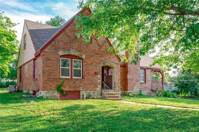 1346 E 76th Street, Kansas City, MO 64131 (#2235040) :: Jessup Homes Real Estate | RE/MAX Infinity