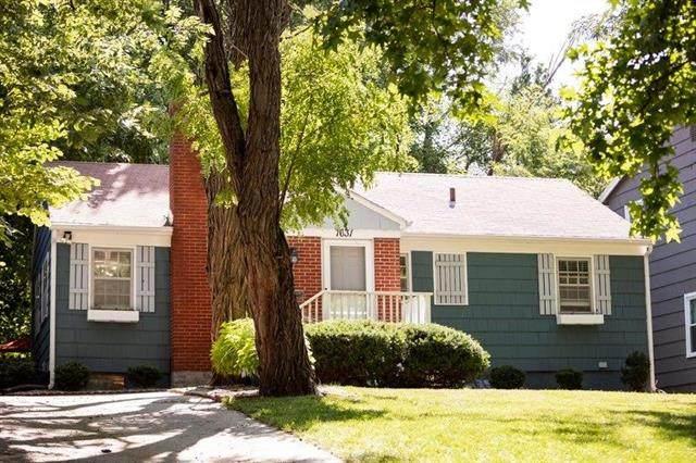 7631 Baltimore Street, Kansas City, MO 64114 (#2235191) :: Five-Star Homes