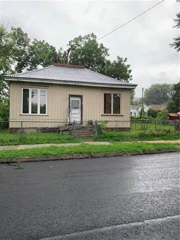 838 Warsaw Street, St Joseph, MO 64507 (#2235215) :: Five-Star Homes