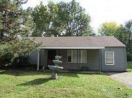 5005 Harmony Drive, Kansas City, KS 66106 (#2235218) :: Edie Waters Network