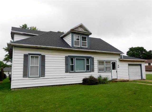 319 Cedar Street, Sabetha, KS 66534 (#2235231) :: Five-Star Homes