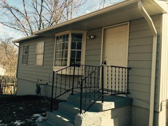 8315 Ella Avenue, Kansas City, KS 66112 (#2235236) :: House of Couse Group