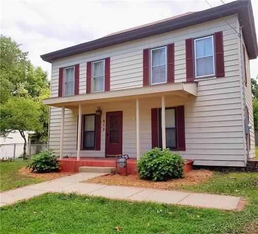 413 E Nichols Street, Spring Hill, KS 66083 (#2235238) :: Team Real Estate