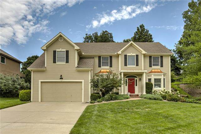 10212 NW River Hills Drive, Parkville, MO 64152 (#2235286) :: Audra Heller and Associates