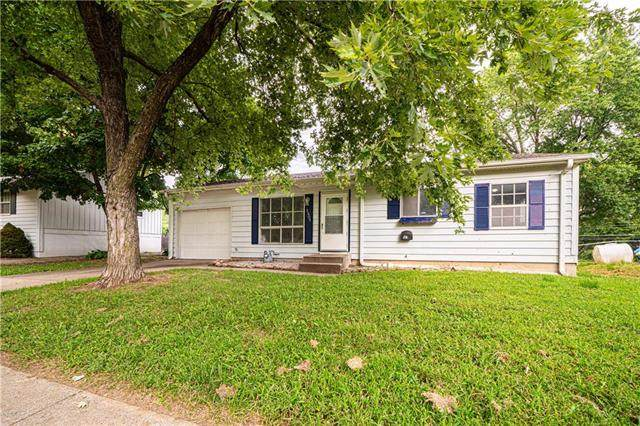 2405 Cardinal Lane, St Joseph, MO 64503 (#2235421) :: House of Couse Group