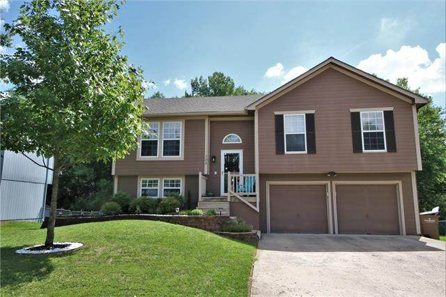123 S Darrowby Drive, Raymore, MO 64083 (#2235459) :: Ask Cathy Marketing Group, LLC