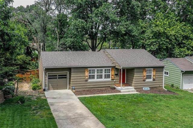 4704 W 76th Street, Prairie Village, KS 66208 (#2235509) :: House of Couse Group