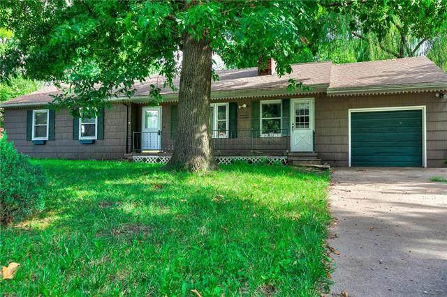 4417 NE 46th Terrace, Kansas City, MO 64117 (#2235514) :: Eric Craig Real Estate Team