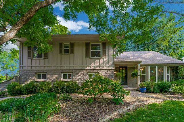 9720 Catalina Street, Overland Park, KS 66207 (#2235533) :: Ask Cathy Marketing Group, LLC