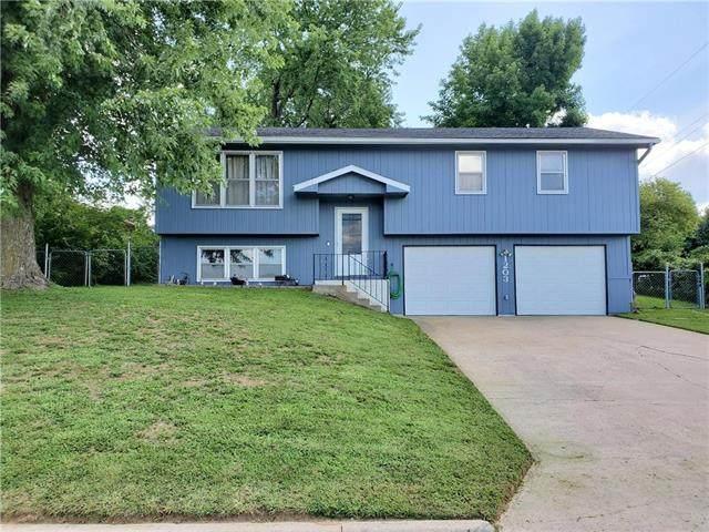 1203 S Holden Street, Warrensburg, MO 64093 (#2235535) :: Eric Craig Real Estate Team