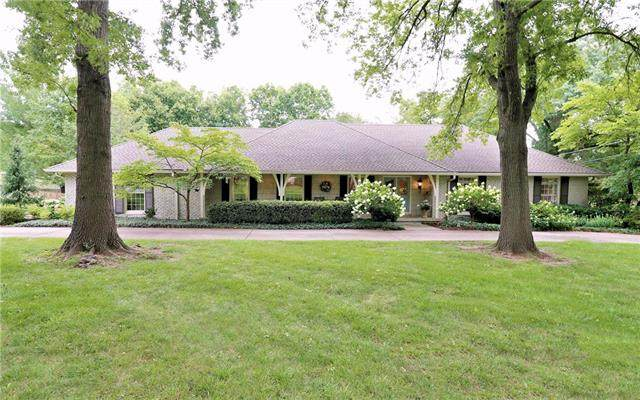 3404 W 97 Place, Leawood, KS 66206 (#2235612) :: House of Couse Group